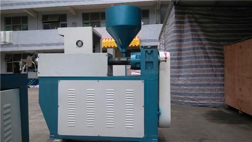 东莞包胶机,东莞包胶机应用对行业发展大吗